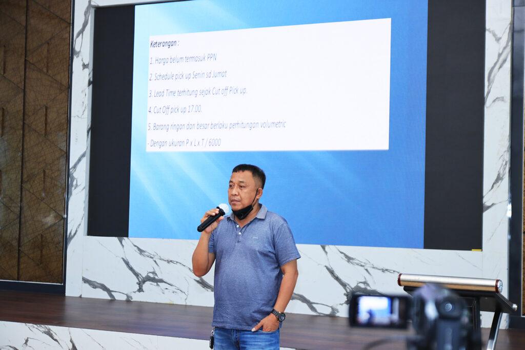 Bp. Husen Lembo ( Commercial Manager LJR Logistics )